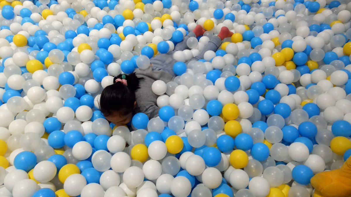 Ever noticed the absolute thrill in children when they are caught playing? They teach us to live in the moment, like this little one playing in the ball pool - her only focus being how to get up, jump and dive back into the ball pool. Think we have some inspiration in here? #MPS https://t.co/1AYKIDP8v9